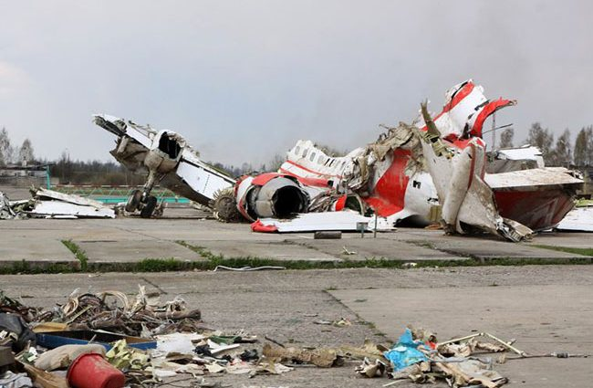 «Самолет президента Польши был взорван изнутри …»: ошеломляющие подробности расследования катастрофы