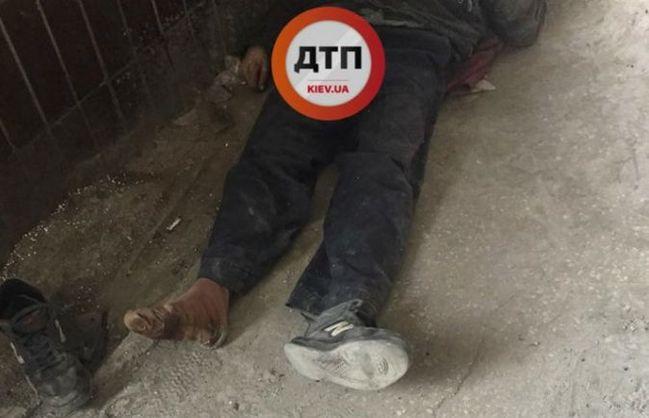 «Причиной смерти мужчины под больницей…»: Стало известно почему умер бездомный, которому отказались оказывать помощь