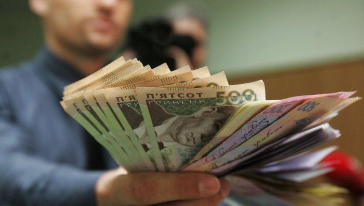 «От 6500 до 8500…»: Стало известно кому из бюджетников подняли заработную плату