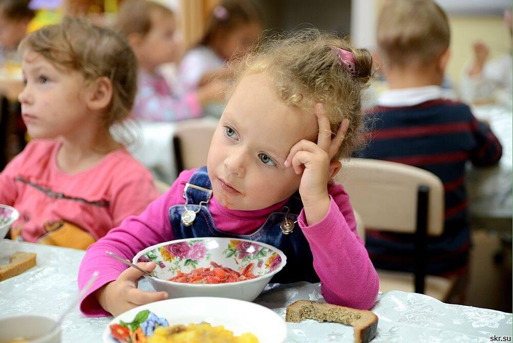 Ударит вам по карману: Правительство ошеломило украинцев повышением цен на питание в садиках