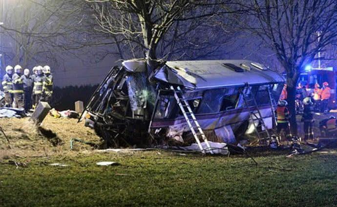 «Сорок восемь пострадавших»: Пассажирский автобус попал в жуткое ДТП, есть погибшие