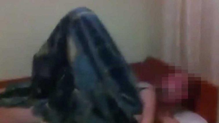Свидетелем стала мама: Двое мужчин устроили оргию с 15-летней девушкой