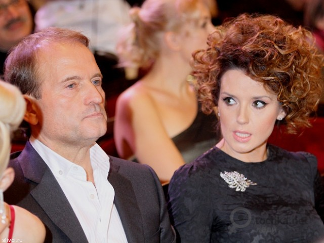 «Они дышат мне в спину»: Виктор Медведчук рассказал всю правду о любовниках своей жены, на самом деле там не все так идеально…