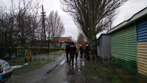 Трудно поверить! В Запорожской области мужчина жестоко убил свою жену, а затем отрезал себе голову циркуляркой