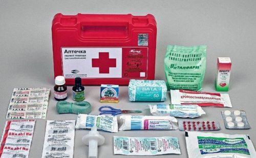Без таблеток и …: Минздрав обновит состав автомобильных аптечек