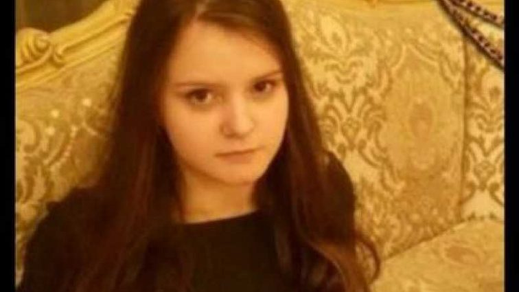 «Пусть лучше 3 года в одном классе, но живая…»: Отец умершей девушки сделал эмоциональное заявление