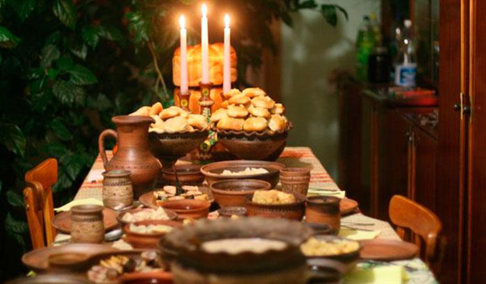 Ужин 6 января, в этот вечер на стол ставят 12 блюд: А вы знали, что означает каждое из них?