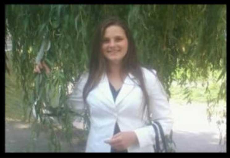 «Доченька ползала по мертвой маме»: в Тернопольской области загадочно умерла молодая беременная женщина