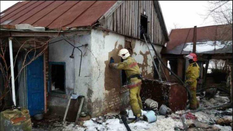 «Не подавал признаков жизни»: Под Мелитополем спасатели нашли сгоревшего мужчины