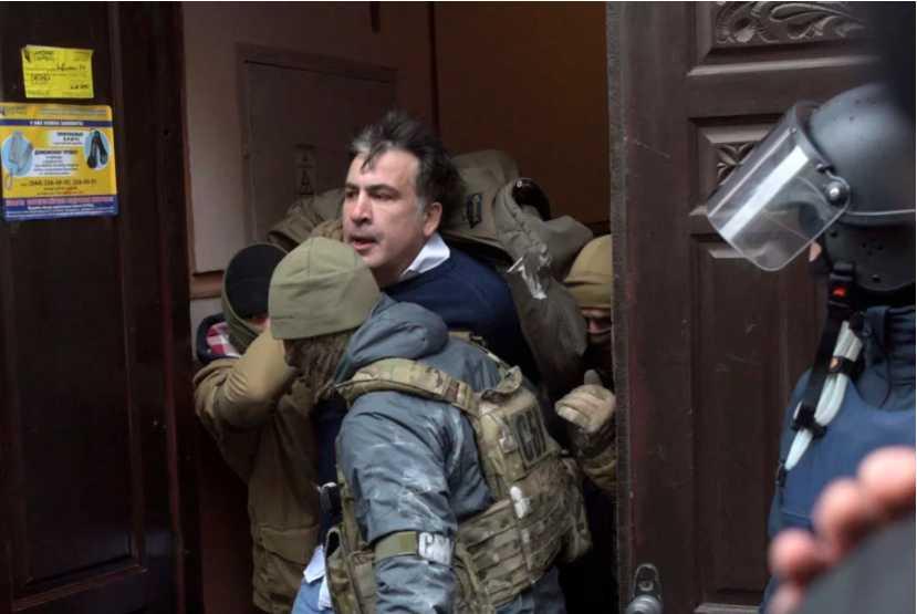 Все делают тайно! Какое наказание ждет судью, которая спасла Саакашвили
