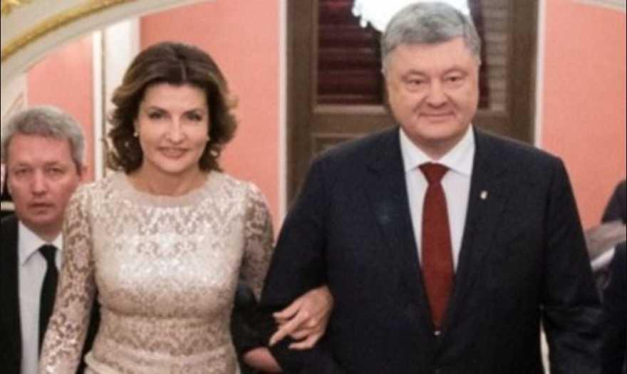 «И это на встрече с дипломатами» Марина Порошенко надела платье 7-летней давности, однако отечественного бренда