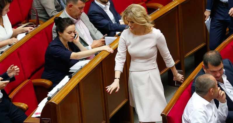 «Беременность ей к лицу!»: Как выглядит и кто она, привлекательная нардепка Верховной Рады, Татьяна Донец