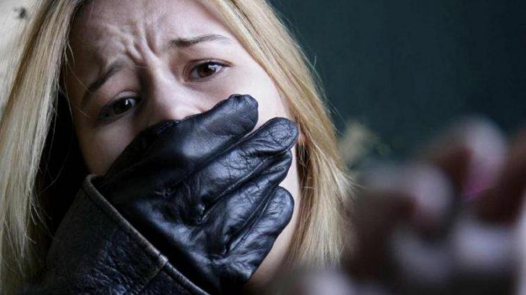 «Об нее тушили горящие сигареты…»: Группа школьников держала в плену и насиловала свою одноклассницу