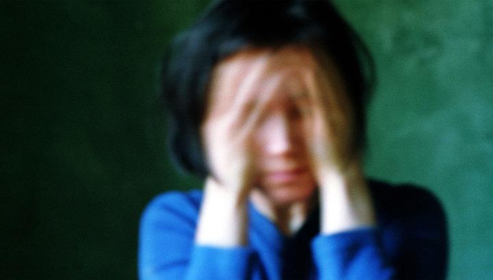 «Запугивал и заставлял молчать»: Мужчина 9 лет периодически насиловал собственную дочь