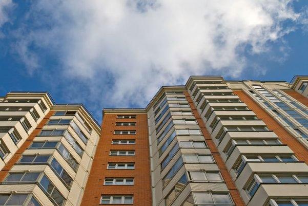 «Поднялись на 17 этаж, а затем…»: 11-летний парень трaгически погиб из-за «шутки»