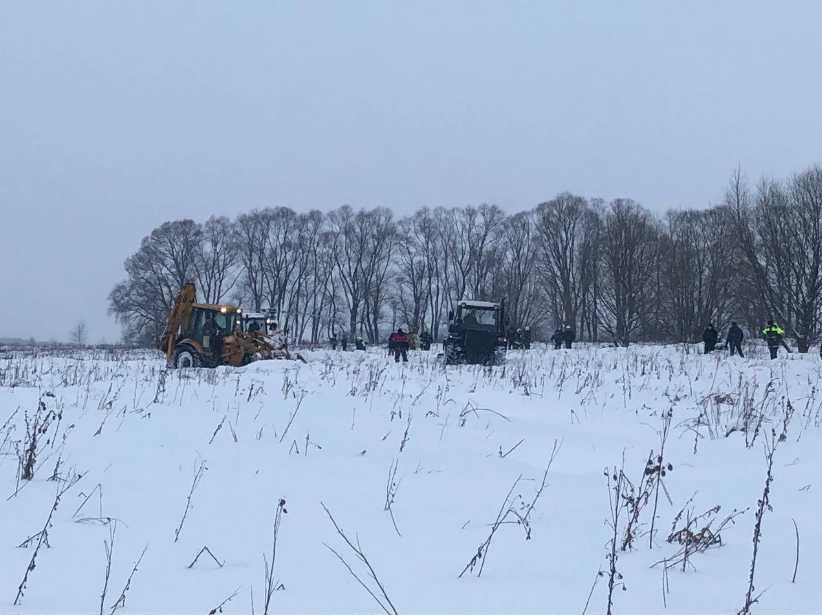 «Смертельный рейс, за 7 минут до катастрофы»: Появились фото жертв самолета Ан-148