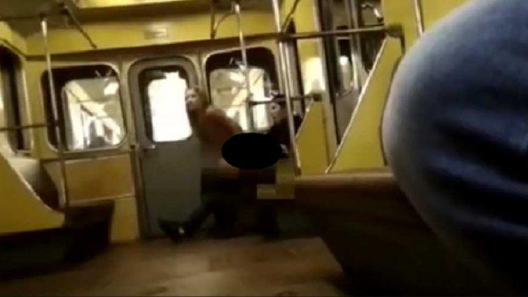 Изменили несколько поз пока … Пара занялась любовью прямо в вагоне метро при пассажирах (Видео + 18)