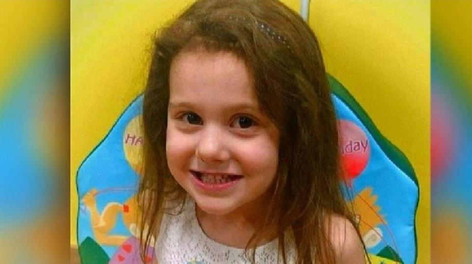 «Почему врач не хочет видеть меня?»: Девочка умерла в больнице из-за опоздания на прием