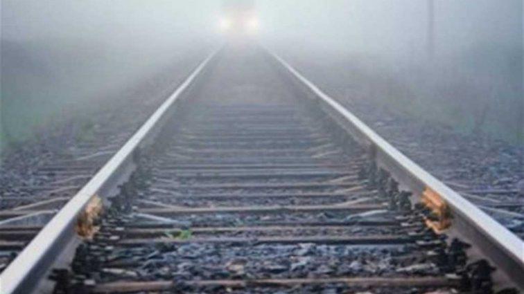 «Он был в наушниках»: В Киеве поезд сбил насмерть 19-ти летнего парня