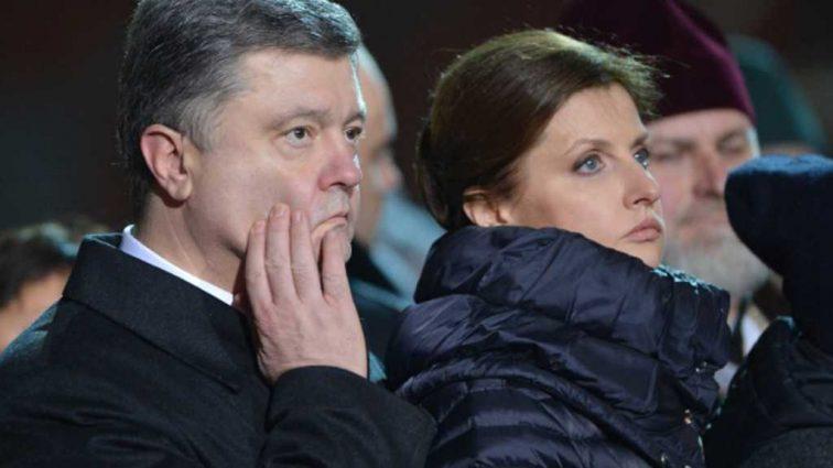 «Нагнула украинцев раком»: В Ужгороде ради приезда жены Порошенко вручную моют мост и …