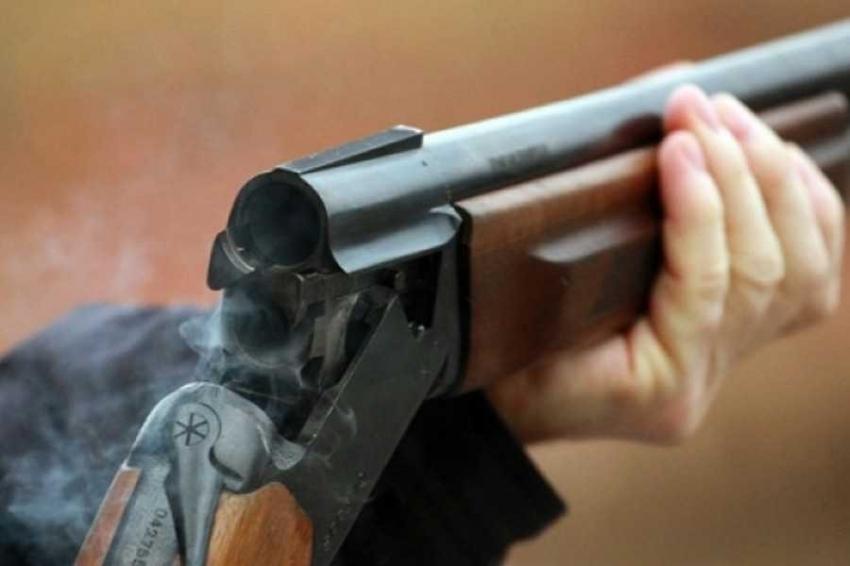 Во Львове пьяный мужчина устроил стрельбу из окна многоэтажки