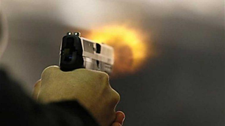 «Достал пистолет и…»: В Днепре двое мужчин устроили перестрелку прямо возле клуба
