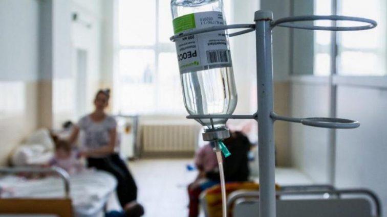 Не делали прививки из-за «религиозных убеждений»: Маленькая девочка умерла от кори