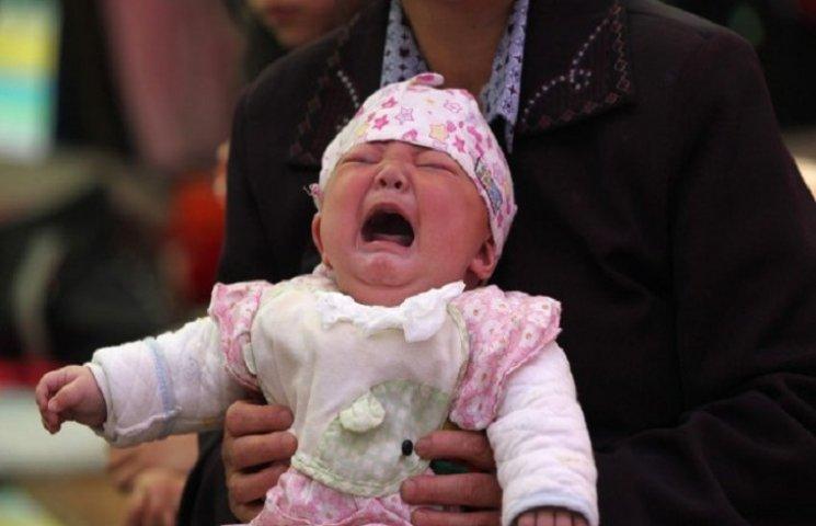 Немец купил в Украине младенца и пытался вывезти его за границу