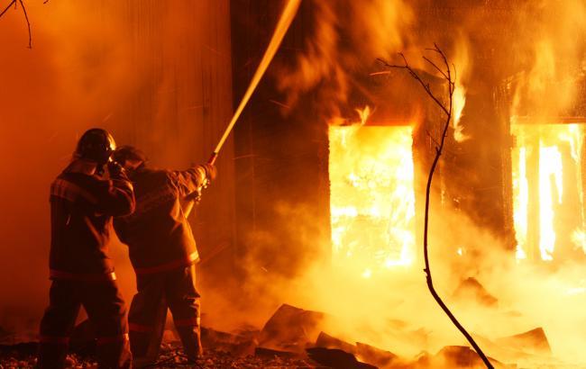 В Донецке произошел масштабный пожар, есть погибшие