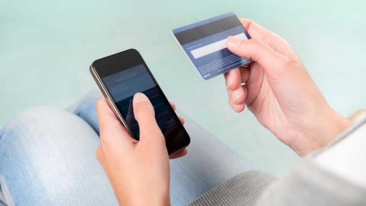 Банки сделали официальное заявление: Это приложение на телефоне снимает все деньги с банковской карты