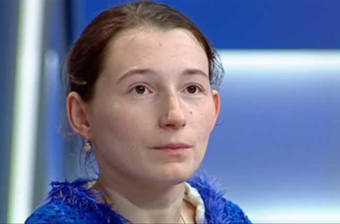 «Всю жизнь она провела во дворе … «: Родные 26 лет издевались над девушкой и сдавали ее в рабство