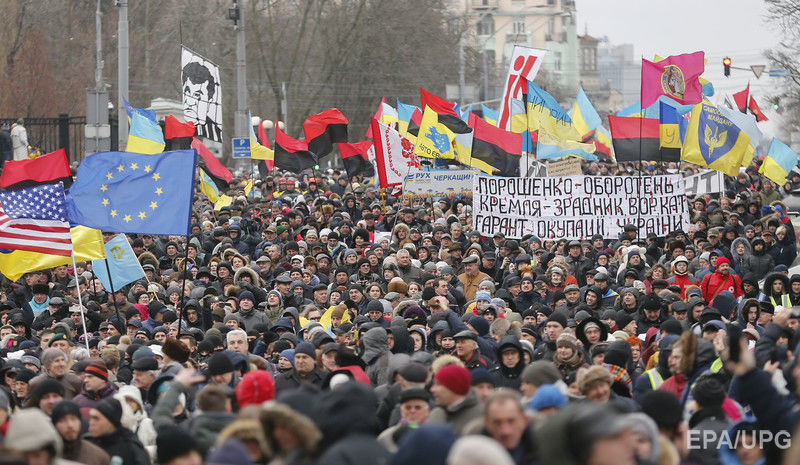 «Украинофоб Порошенко провоцирует гражданскую войну»: Громкое заявление украинского нардепа разозлила украинцев