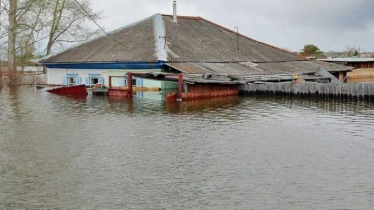 «Деревни «утонули» в воде»: Вот что натворила погода на Закарпатье, настоящий колапс