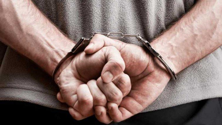 «Облил себя бензином и …»: Мужчина попытался поджечь себя в помещении банка