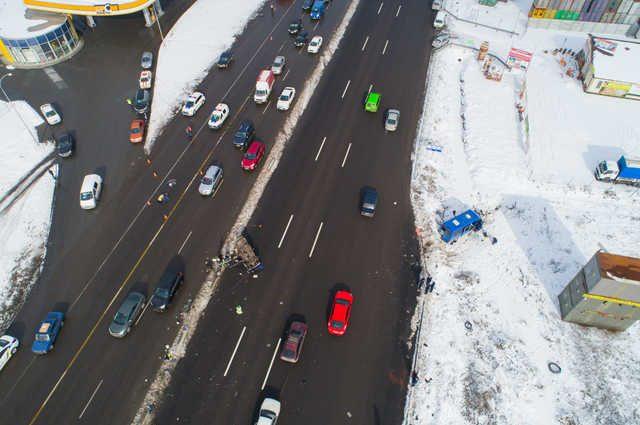 «Развернулся в неположенном месте»: Появилось видео момента смертельного ДТП на Одесской трассе
