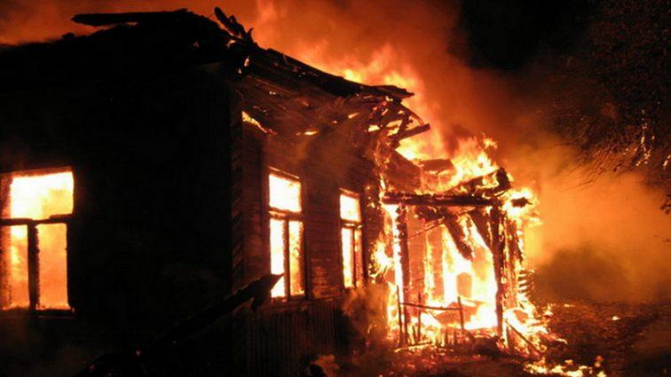 Адская ловушка: В страшном пожаре погибли мать с сыном