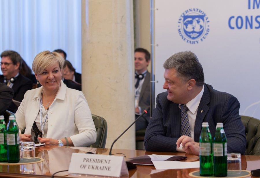 «За действия Гонтаревой отвечает Порошенко»: Нардеп требует от президента не просто отставки, а заключения