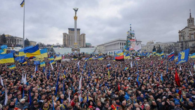 «Участниками революции признаются те…»: Вступил в силу новый закон. Кого считать пострадавшим во время Евромайдана и кто получит льготы