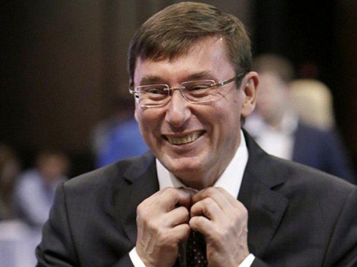 «Мы отрабатываем отпуск Луценко». Прокуроры завили об урезании зарплаты