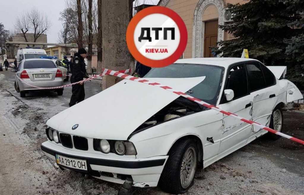 «Не дошла до работы 100 метров»: Жуткое ДТП в Киеве, водитель BMW сбил женщину на тротуаре