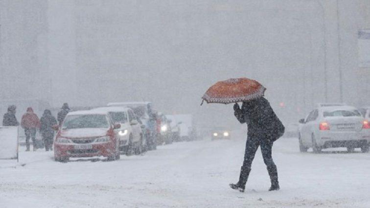 «Снова похолодание и пол-Украины засыплет снегом»: Синоптики дали прогноз на начало рабочей недели