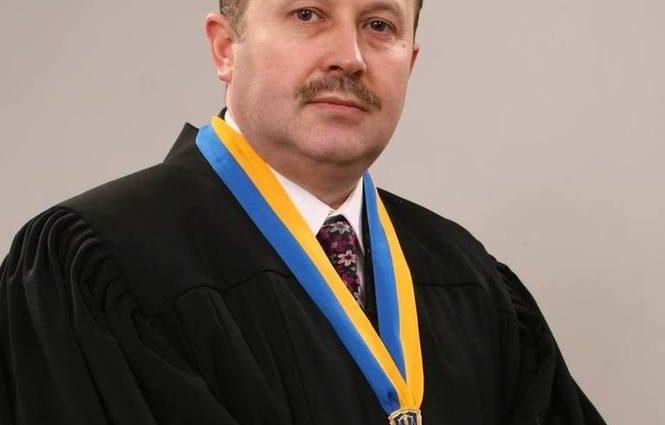 «Грубо нарушает право частной собственности семьи…»: «Гениальное» решение львовского судьи Гирича