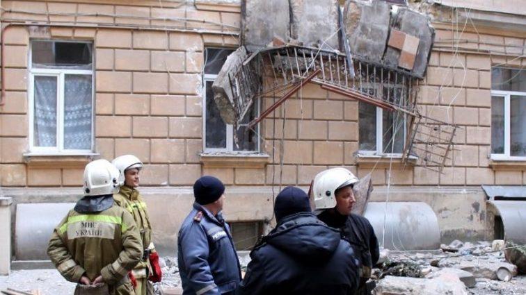 Опасность повсюду! В центре Одессы обрушились балконы