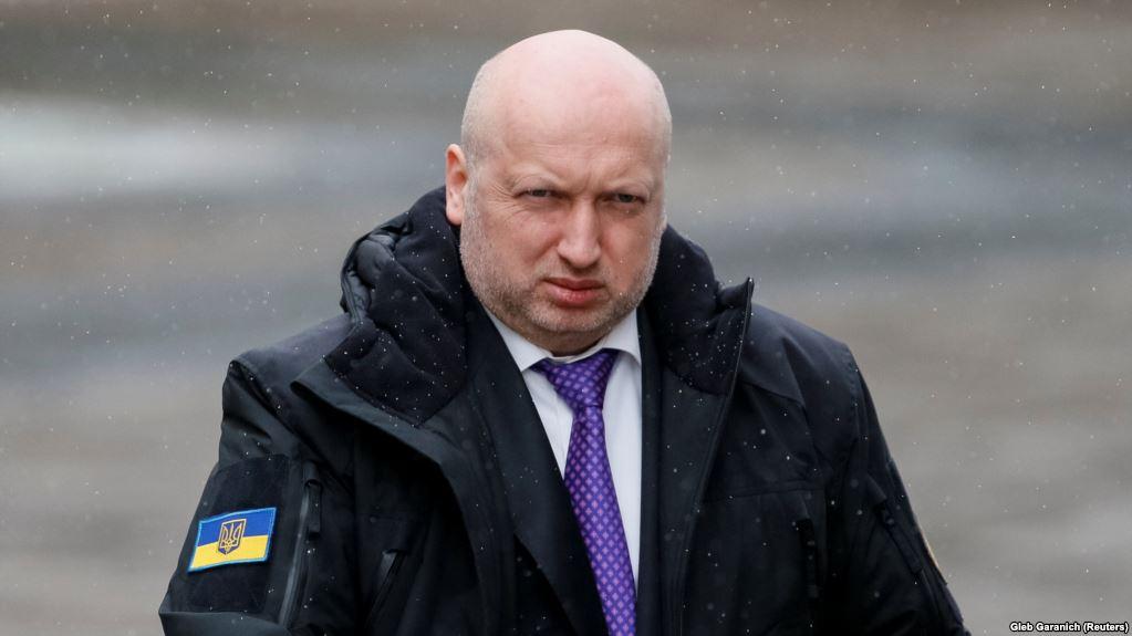 «Я тогда лгал, чтобы не создавать панику …»: Заявление Турчинова ошеломило украинцев