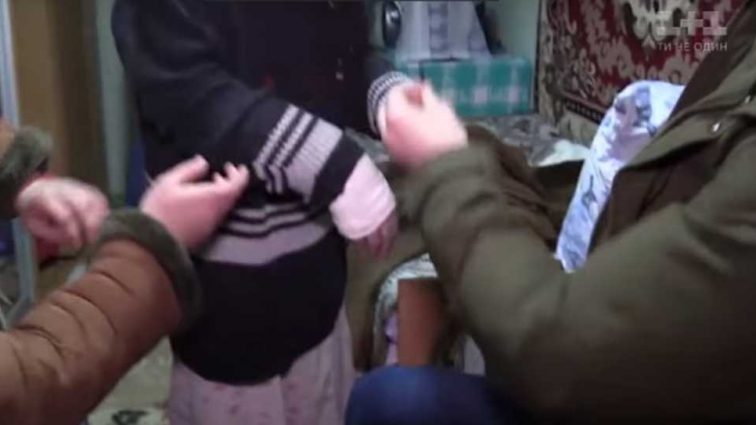 «Бьют, издеваются, ломают руки»: То, как обращаются с психичнобольными людьми в интернате под Запорожьем шокировало украинцев