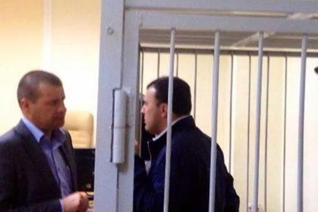 Подозреваемый в хищении средств и покушении на убийство известный депутат задержан под Киевом
