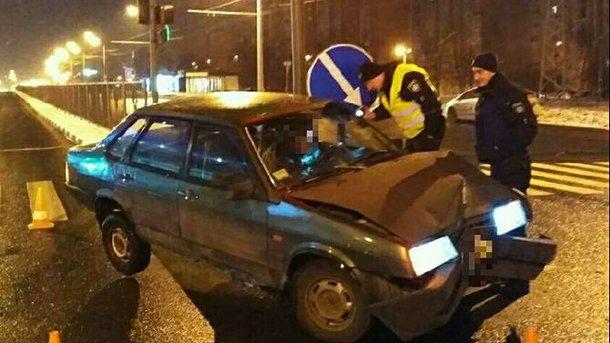 «В зюзю залит» В Харькове  пьяный водитель устроил две ДТП