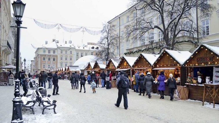 «Будут штрафовать на…»: Отныне во Львове во всех общественных заведениях нельзя говорить по-русски