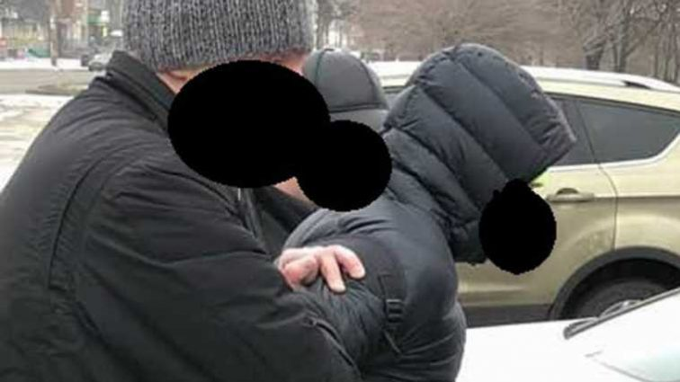 «Требовал и получил»: В Запорожье спецназ задержал копа-взяточника