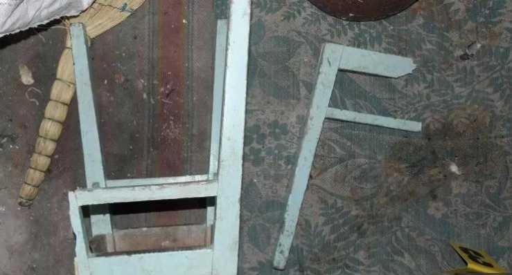 Жестокая месть оскорбленной дамы: Жена с друзьями до смерти забила мужчину стулом